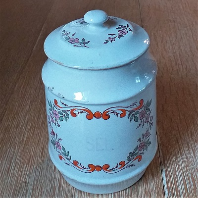 Ancien pot à sel  24€